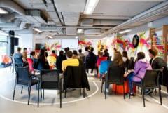 """300 de studenti au experimentat cum este sa fii angajat in companiile din ansamblul Palas, in """"Saptamana Portilor Deschise la UBC"""""""