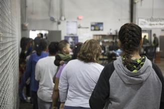 33 de migranti din Irak au fost gasiti ascunsi intr-un tir la Arad