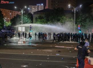 33 protestatari si 15 grupuri civice au depus plangeri penale impotriva jandarmilor. A aparut un ghid pentru cei care vor sa stie care sunt pasii UPDATE