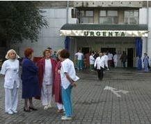 4.000 de medici pleaca din tara pentru a castiga mai multi bani