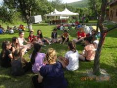 50 de copii nevoiasi din judet in tabara de vara la Cernat