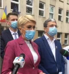 """58 milioane de euro pentru echipamente si aparatura medicala la Cluj! Turcan: """"Am semnat 3 contracte azi. Urmeaza alte 6"""""""