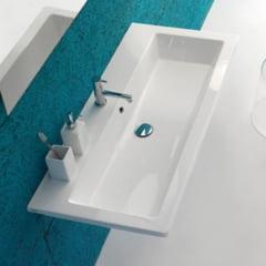 6 modalitati interesante de a integra lavoarul in baie