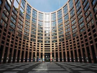 60% dintre cetatenii Uniunii Europene sunt de parere ca politicienilor nu le pasa de ei. In Romania, procentul celor care cred asta este de 80%