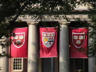 60 de studenti de la Harvard, obligati sa se retraga pentru ca au copiat