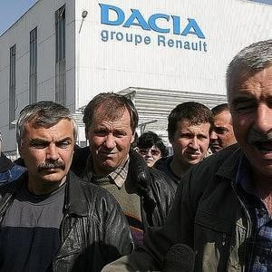 600 de angajati de la Dacia ar putea ramane fara serviciu