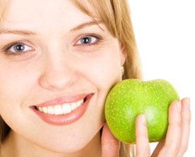 8 alimente care tin la distanta cancerul la san