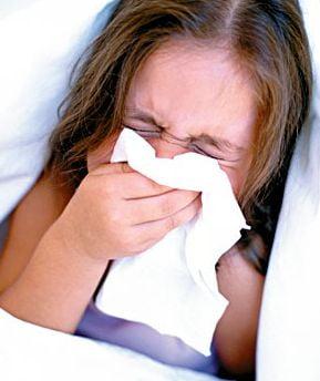 88.000 de romani au facut infectii respiratorii saptamana trecuta