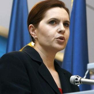 A.Saftoiu: Traian Basescu i-a cerut demisia lui Boc, dar premierul il infrunta