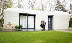"""A aparut prima casa din Europa """"construita"""" cu ajutorul unei imprimante 3D. Cine sunt locatarii si ce chirie platesc VIDEO"""