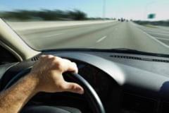 A condus cu peste 150 km/h pe DN1. Un tanar din Galda de Jos a ramas fara permis, dupa ce a fost oprit de politie