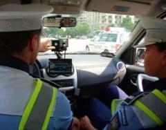 A dat peste cap radarul politistilor cu 141 km/h pe Calea Severinului