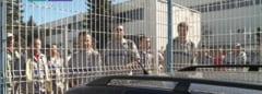 A doua zi de proteste la Dacia - Producatorul sustine ca manifestatiile sunt ilegale
