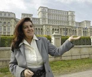 """A fost """"mama"""" Casei Poporului cel mai slab arhitect din lume? - Interviu cu arhitectul Vlad Eftenie"""