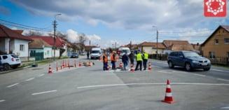 A fost amenajata o insula de intoarcere a autovehiculelor in Partos. Soferii pot intoarce masinile de pe sensul Alba Iulia - Sebes, pe cel opus