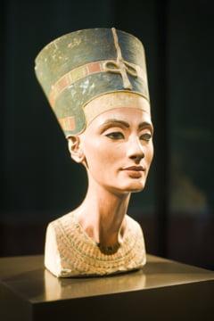 A fost descoperit mormantul reginei Nefertiti?