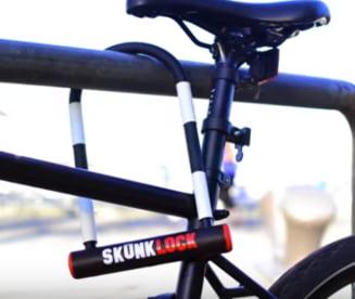 A fost inventat lacatul de bicicleta care ii face pe hoti sa vomite