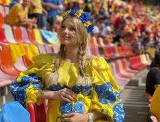 """A iesit """"soarele"""" pe Arena Nationala! Cea mai sexy jurnalista de la Euro 2020 e insarcinata cu super-starul Ucrainei FOTO"""