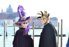 A inceput Carnavalul de la Venetia - Editia din 2020 aduce baluri, concerte si parade spectaculoase
