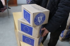 A inceput impartirea pachetelor de la UE