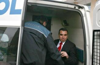 A intrat in greva foamei pentru Penescu
