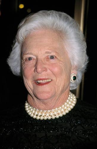 A murit Barbara Bush. A fost unica in istoria SUA