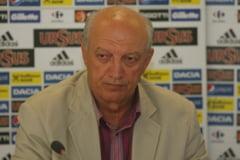 A murit Dan Petrescu, fostul arbitru international
