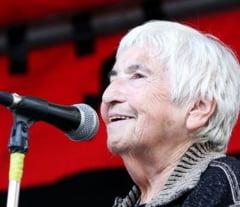 A murit Esther Bejarano, una dintre ultimele supravietuitoare ale orchestrei de la Auschwitz