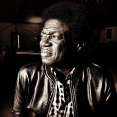 A murit cantaretul american de muzica soul Charles Bradley