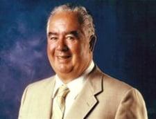A murit fondatorul Taco Bell