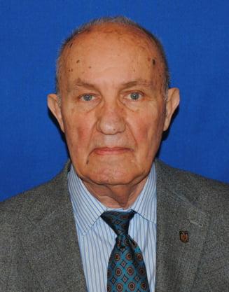 A murit istoricul Dinu Giurescu, membru al Academiei Romane si fost deputat pe listele USL