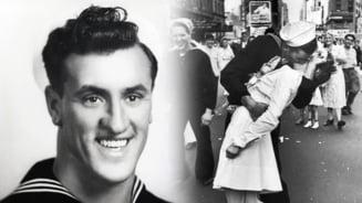 A murit marinarul din fotografia devenita simbol pentru incheierea celui de-Al Doilea Razboi Mondial