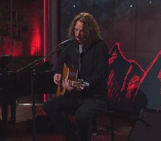 A murit solistul trupei Soundgarden. Trupul sau a fost gasit in camera unui hotel si se merge pe varianta sinuciderii UPDATE
