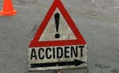 ACCIDENT rutier pe Sararie! Unul dintre soferi nu a respectat distanta regulamentara dintre autovehicule