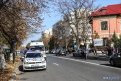 """ACUM. ACCIDENT RUTIER. Elev lovit pe trecerea de pietoni, la Liceul """"Ion Maiorescu""""! (FOTO)"""