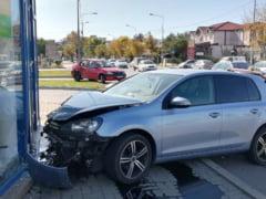 ACUM: Accident intre doua autoturisme pe strada Cuza Voda din Focsani