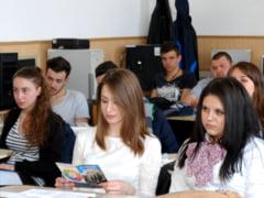 """ADMITERE 2018: Cand incep inscrierile si care este oferta Universitatii """"Dunarea de Jos"""" din Galati"""