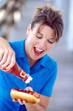 ADN uman in hot dog si alte ingrediente surpriza