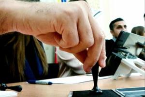 AEP: Campania electorala se incheie sambata la ora 07:00