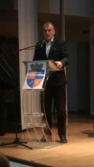 """ALDE continua sa racoleze oameni: Un senator pleaca din PNL, unde """"tradatorii sunt promovati si apreciati"""""""