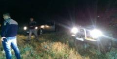 ALERTA! 34 de kilograme de droguri 'aruncate' peste frontiera in Timis!