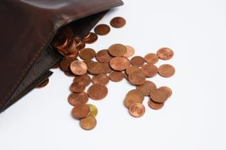 ANALIZA Cu ce salarii s-au ales romanii dupa un an de pandemie. Bugetarii, din nou favorizati