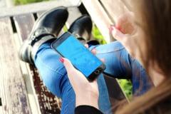 ANALIZA Pandemia a crescut dependenta de smartphone-uri