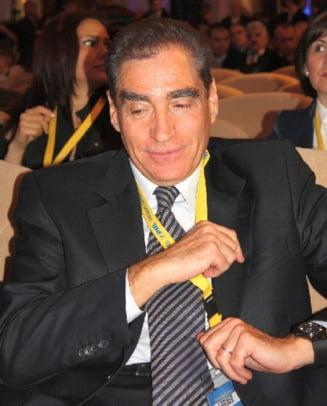 ANI cere Camerei revocarea lui Petre Roman: Cum a reusit sa-si piarda functia de deputat