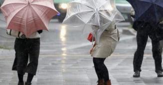 ANM: Vremea se incalzeste, dar raman ploile, in urmatoarele zile, in vestul tarii