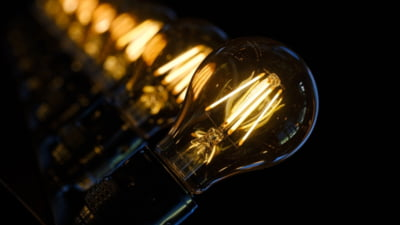 """ANRE: """"Peste 4,5 milioane de consumatori casnici de energie din Romania sunt in categoria vulnerabila"""""""