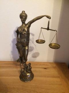 APADOR-CH, despre Codurile penale: Parlamentul intareste prezumtia de nevinovatie instituind prezumtia de vinovatie
