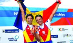 AVEM 2 CAMPIOANE MONDIALE - Sucevencele Gianina Beleaga si Ionela Lehaci au cucerit aurul la Mondialele de canotaj, in finala feminina de dublu vasle categorie usoara
