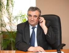 Aberatia zilei: Omul care si-a facut singur salariu la stat mai mare ca al lui Iohannis si nici nu recunoaste