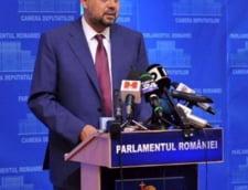 """Aberatia zilei: Un """"bou"""" in Parlamentul Romaniei"""